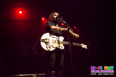 gang_of_youths_thebby_15_09_17_jack_parker_ (21 of 34)