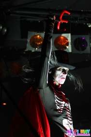 009Wednesday13-CornerHotel-28April18-SofieMarsden