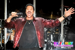 lionel_richie_2018_April_7_02