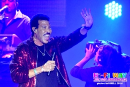 lionel_richie_2018_April_7_03