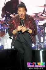 lionel_richie_2018_April_7_06