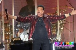 lionel_richie_2018_April_7_09