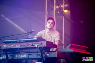 Portugal the man Groovin The Moo Adelaide - Adam Schilling (7)