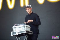 Winston Surfshirt Groovin The Moo Adelaide - Adam Schilling (2)